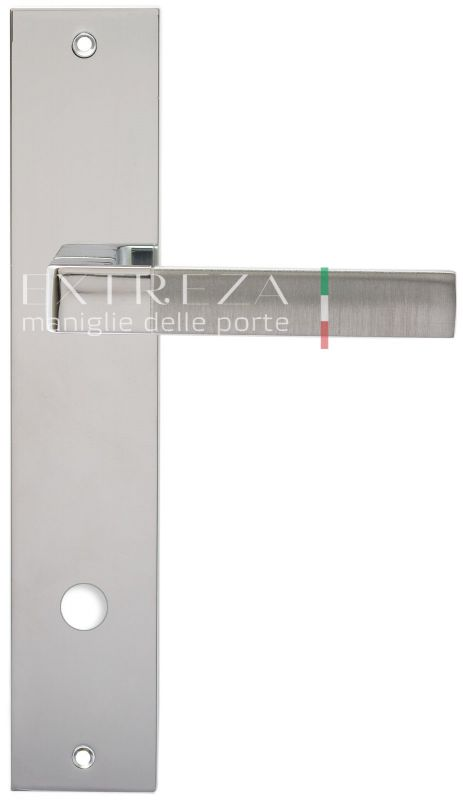 """Дверная ручка Extreza Hi-Tech """"FIORE"""" (Фьоре) 110 на планке PL11 матовый хром / хром F05 / F04"""